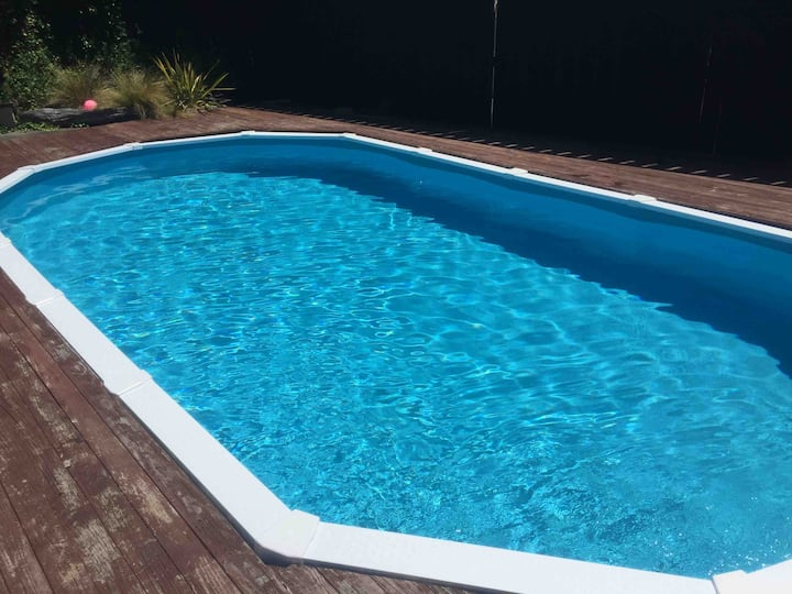 Family home and swimming pool