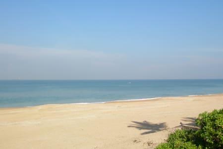 Kingfisher Beach Sapphire Room - Gampaha - Bed & Breakfast