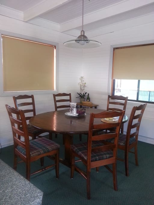Dining area for whole house or unit 3 bookings
