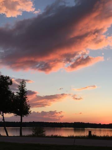Lake Champlain Cottage #7 - spectacular sunsets