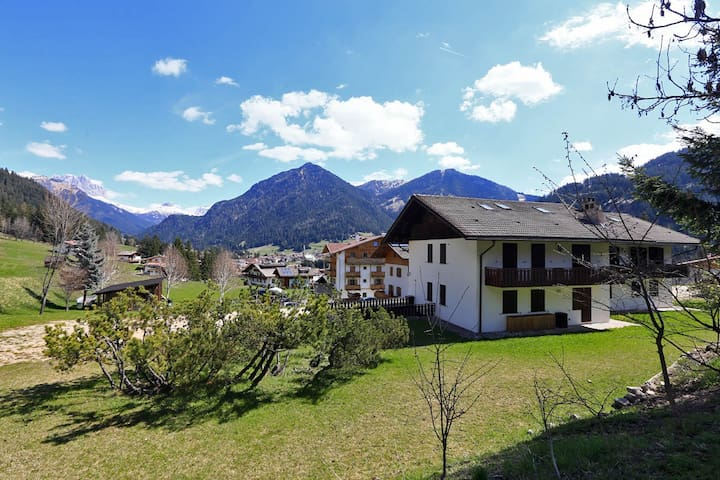 In the heart of the Dolomites up to 8 people - Pozza di Fassa - Apartament