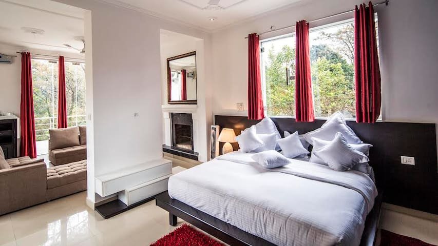 Magnific Suite with Captivating Forest View