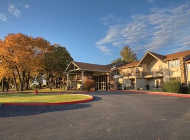 Midwest-OK-Grand Lake Resort 2 Bdrm Condo