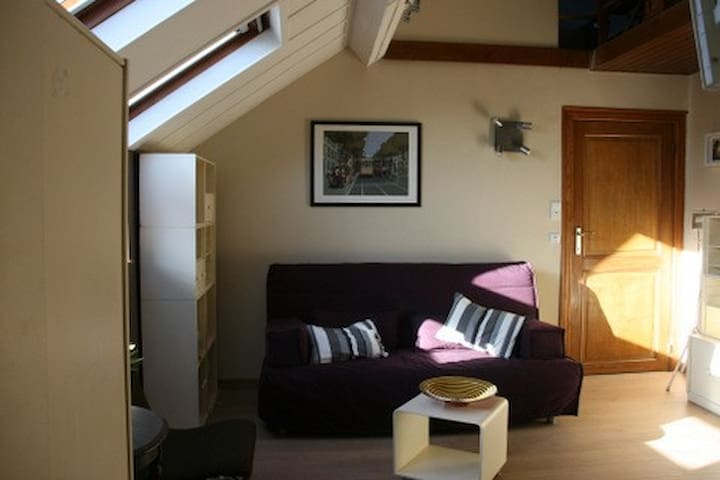 Chez Jeanne, apart for 5, Brussels - Evere - Wohnung