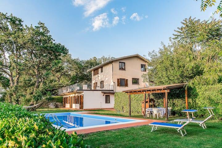 Bella villa con piscina in Abruzzo