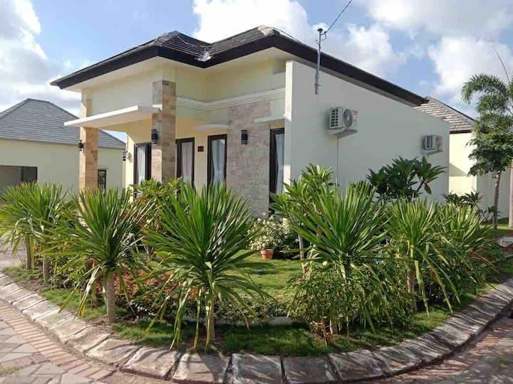 Amanda's House near Senggigi