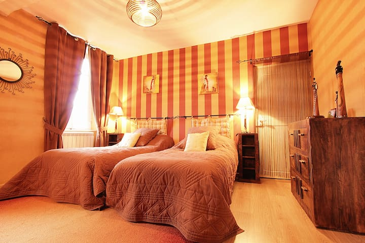 Bed and breakfast in the Chateau  - Viterbe - Bed & Breakfast