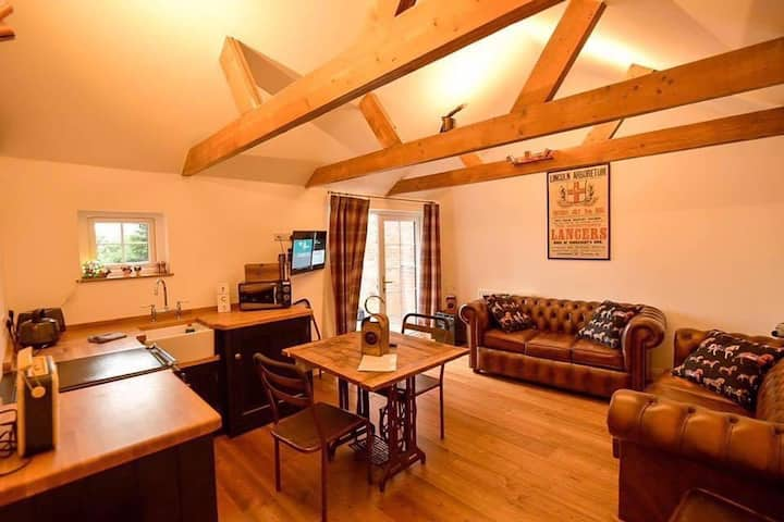 Character home, parking&garden, Cathedral quarter