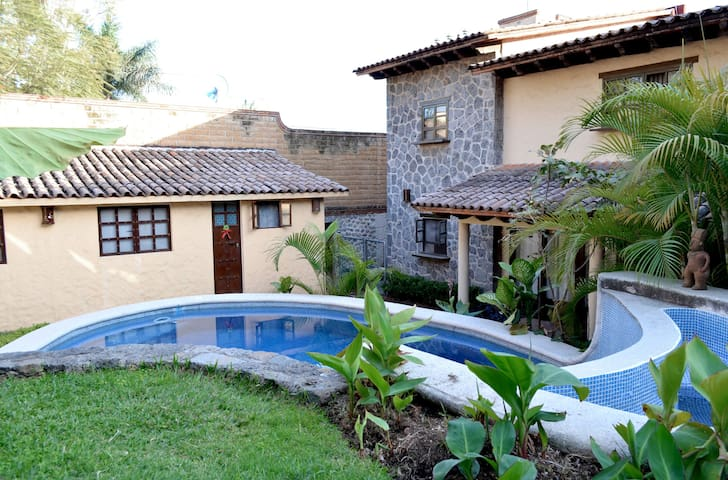 Beautiful apartment with swimming pool - Cuernavaca - Apartamento