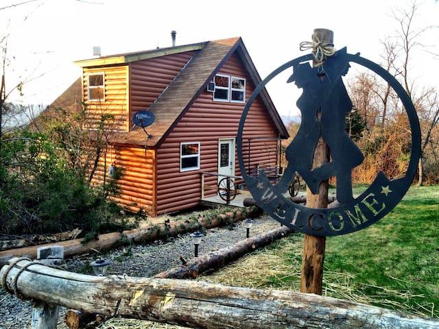 Mountain Getaway - Rileyville - Casa