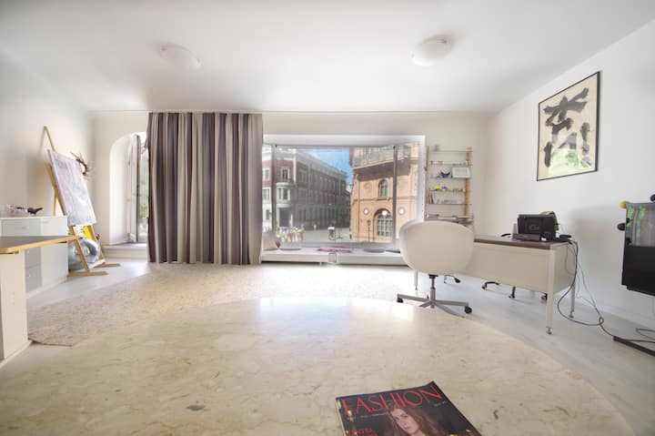 Big apartment in the heart of Old Town