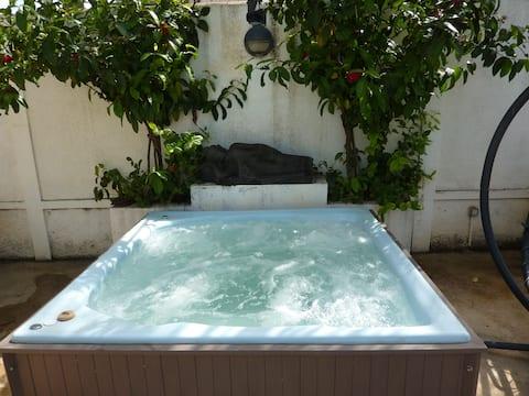 UHURU  Spacieux studio avec piscine à Flic en Flac