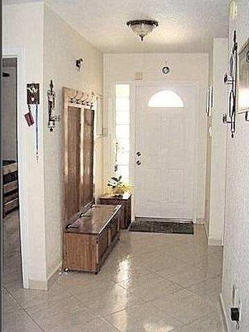 MIAMI-BEDROOM # 3 & BATHROOM