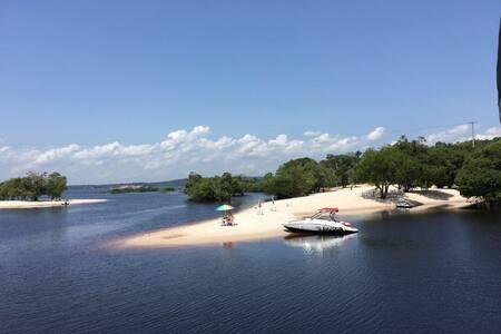 Varanda do Tupé - casa na melhor praia de Manaus.