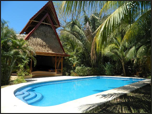 Living Hotel  #1   Best location in Playa Guiones! - Nicoya - ที่พักพร้อมอาหารเช้า