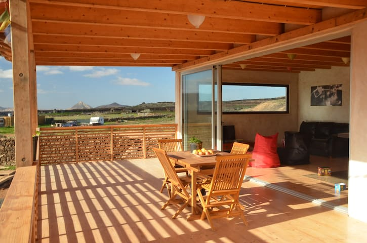 Eco-friendly villa in natural park - Fuerteventura - Haus
