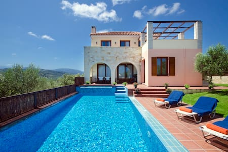 3 bedroom & 3 baths Villa with pool - Spilia - Villa