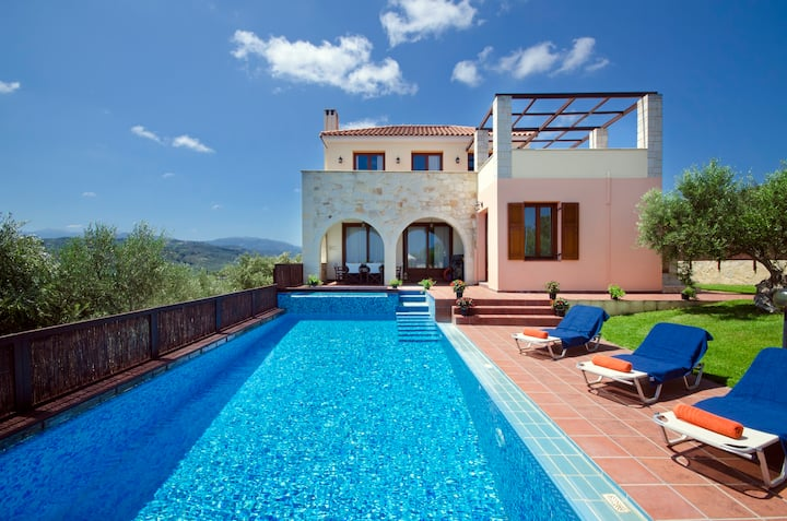 Villa Katerina with private ecological heated pool