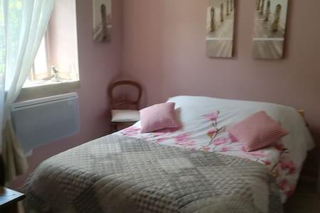 Chambres d'hôtes , dans  maison de campagne