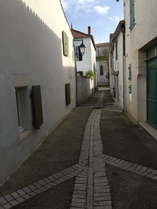 Impasse de la Grande Rue (our street). You can see the house on the left (green shutters)