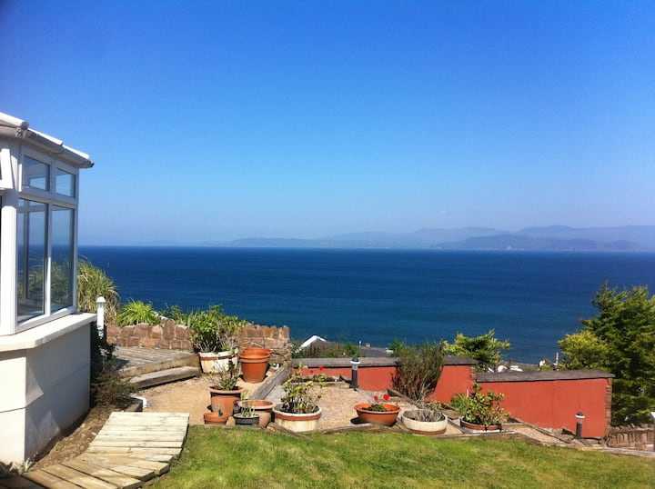 Stunning Rossbeigh Beach House
