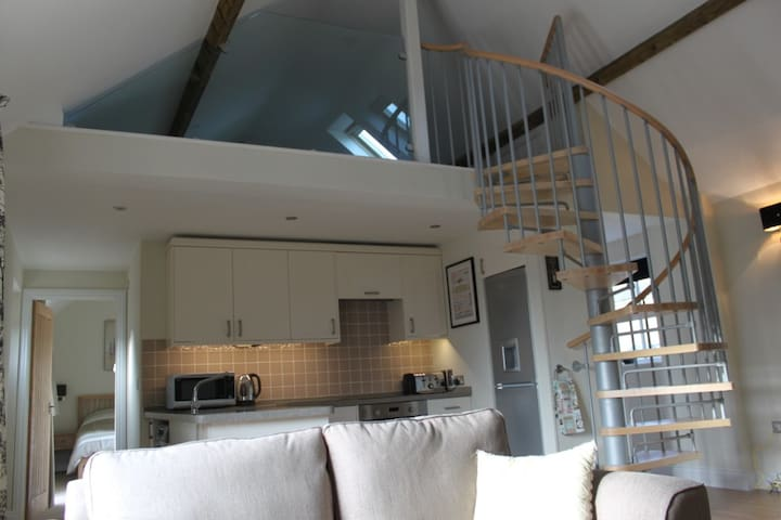 2 bed self catering cottage on farm - Northamptonshire - Haus