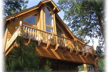 Spacious Cabin -Close to Northstar!