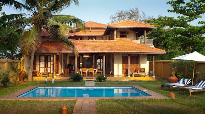 Stunning Beachfront Home Hiru Sandu Villa