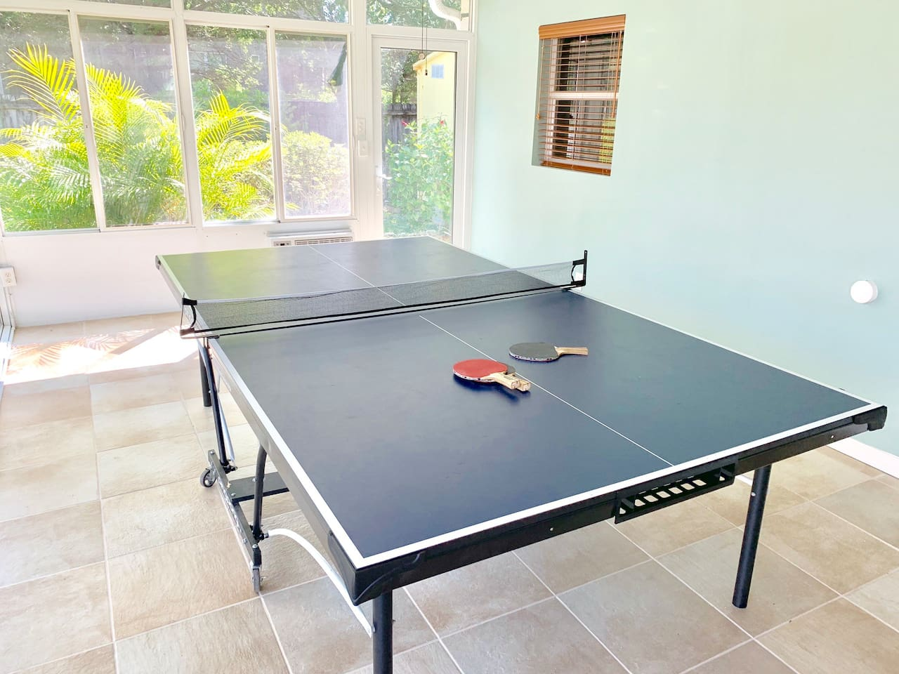 Entire House With Ping Pong Table by Tampa Airport