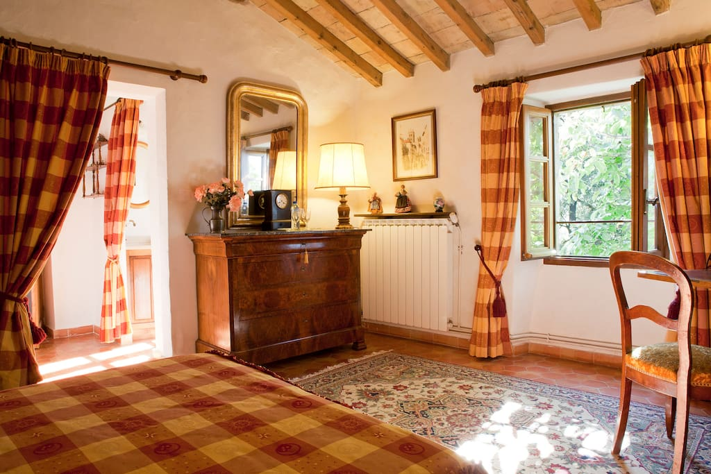 La chambre safran chambres d 39 h tes louer - Chambres d hotes languedoc roussillon ...