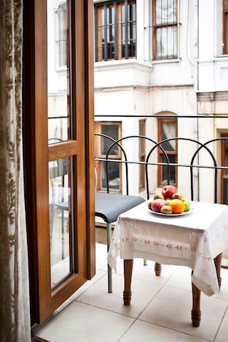 Sultanahmet - Istanbul, Tugra Suite