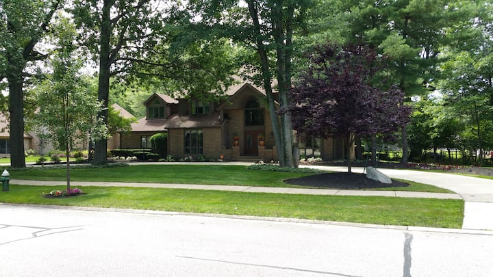 Beautiful home in Cleveland area!