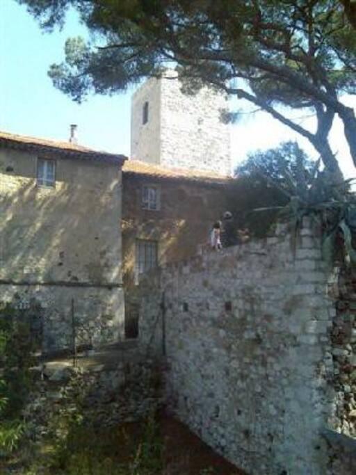 vue de l'appartement/ view on the Castle
