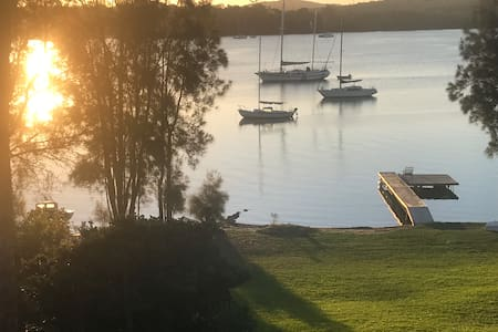 Hygge on the Lake, Lake Macquarie 1.5hr from Syd