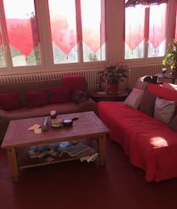 Chambre grand lit , val de Durance - Château-Arnoux-Saint-Auban - Szeregowiec