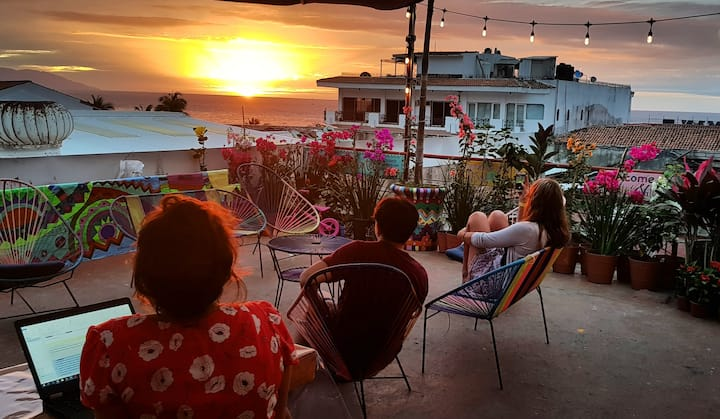 FRIENDLY HOSTEL IN PUERTO VALLARTA