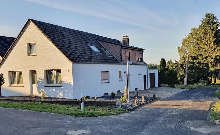 KL09 großzügige Monteurwohnung in Kranenburg/Weyler nahe Kleve