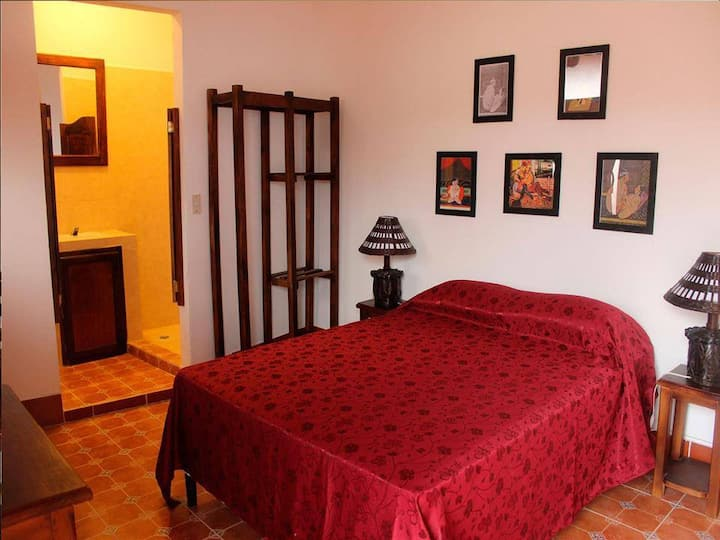 Cómoda habitación Centro de Granada