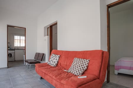 Fully renovated house, 20 min drive from Limassol - Limassol - Casa