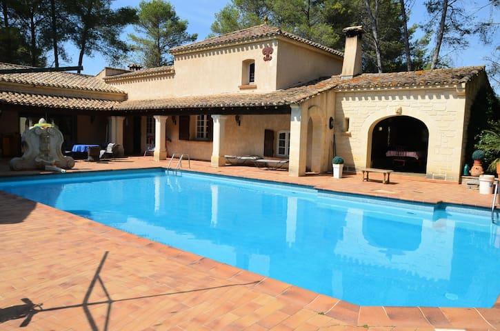 Villa 6 Pièces 11 personnes 149610