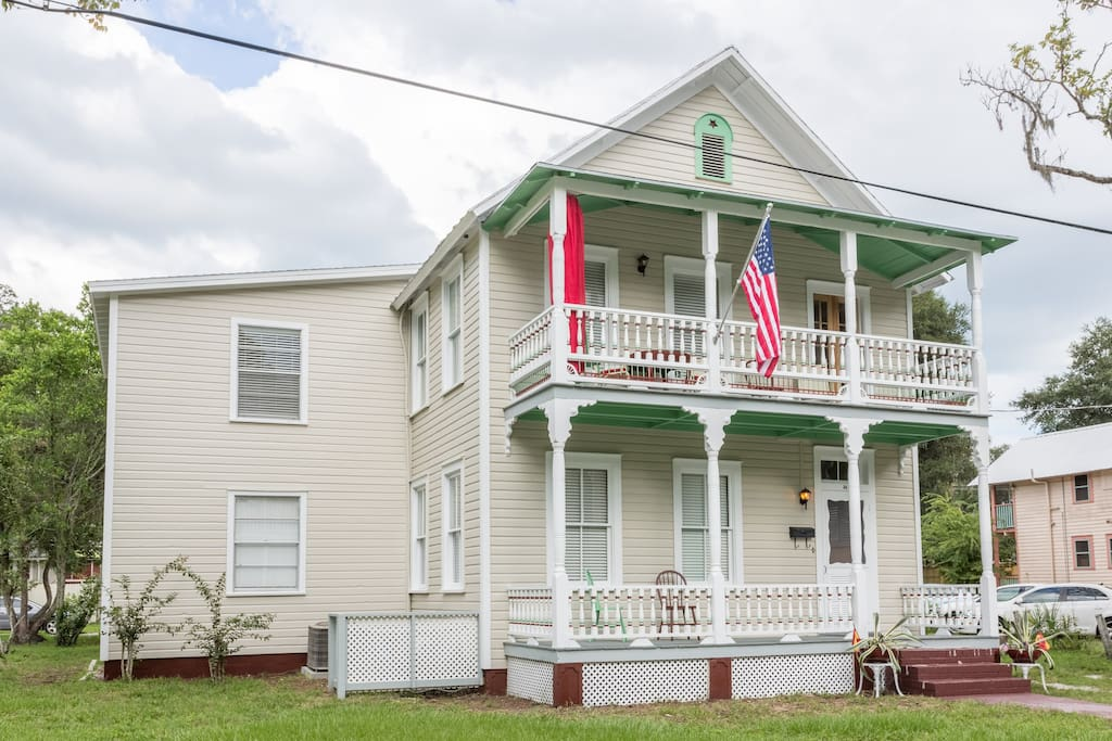 1895 6 bedroom 4 bath Victorian in downtown Saint Augustine.
