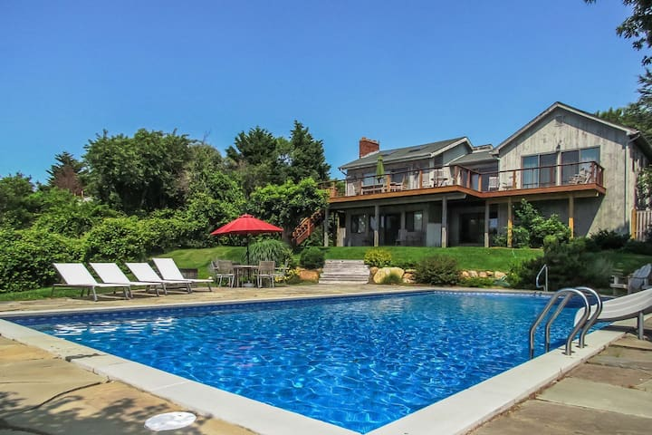 Montauk Surf Spot-Pool, walk to beach, waterviews