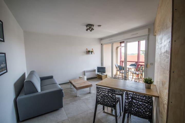 Appartement rénové à la plage