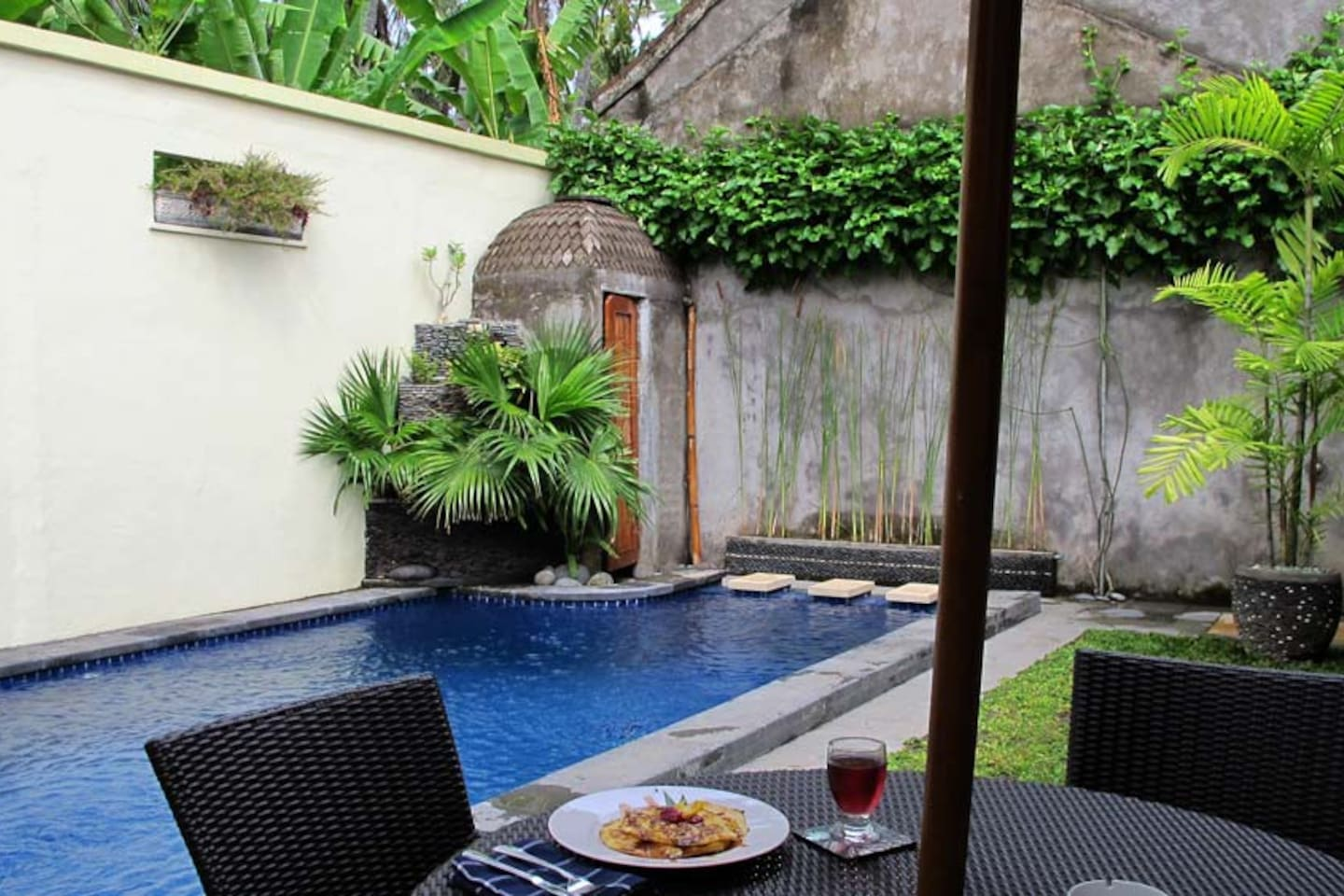 lovina beauty 2 bd villa with pool houses for rent in buleleng