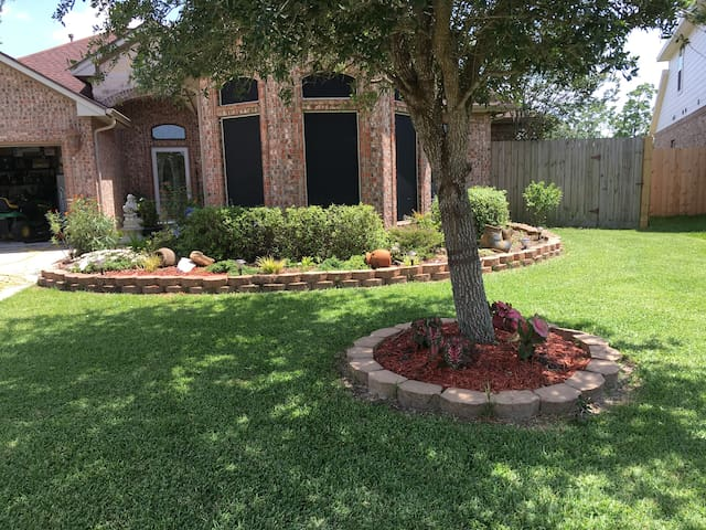 Restful, quiet stay in Santa Fe Texas. - Santa Fe - House