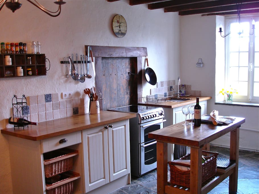 Large farmhouse kitchen with all mod-cons