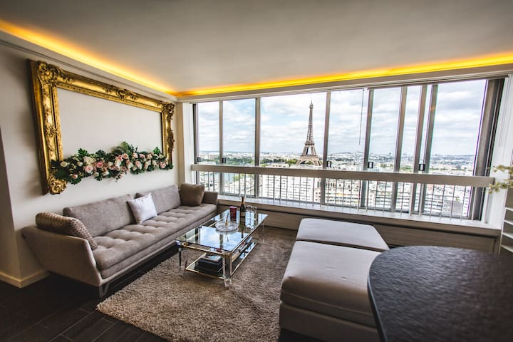 PANORAMIC LUX. 2BR PENTHOUSE W/ POOL IN BEST AREA