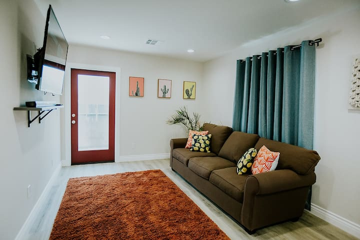BRAND NEW & MODERN 2 BR Home in Fullerton