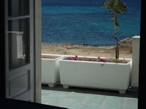 House by the sea Gallipoli Mancaversa