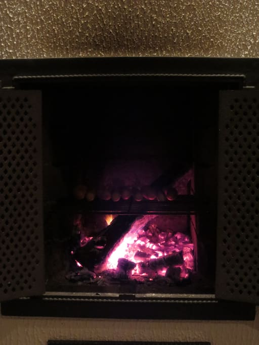 Fireplace can be used as a sausage grill